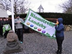 Horne-som-Blomstrende-Landsby.-Her-bliver-3-blomster-til-5-og-buketten-er-fuldtallig-8